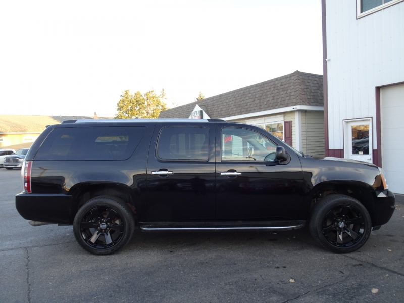 GMC Yukon XL Denali 2008 price $8,995