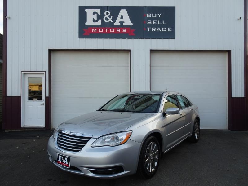 Chrysler 200 2012 price $4,500