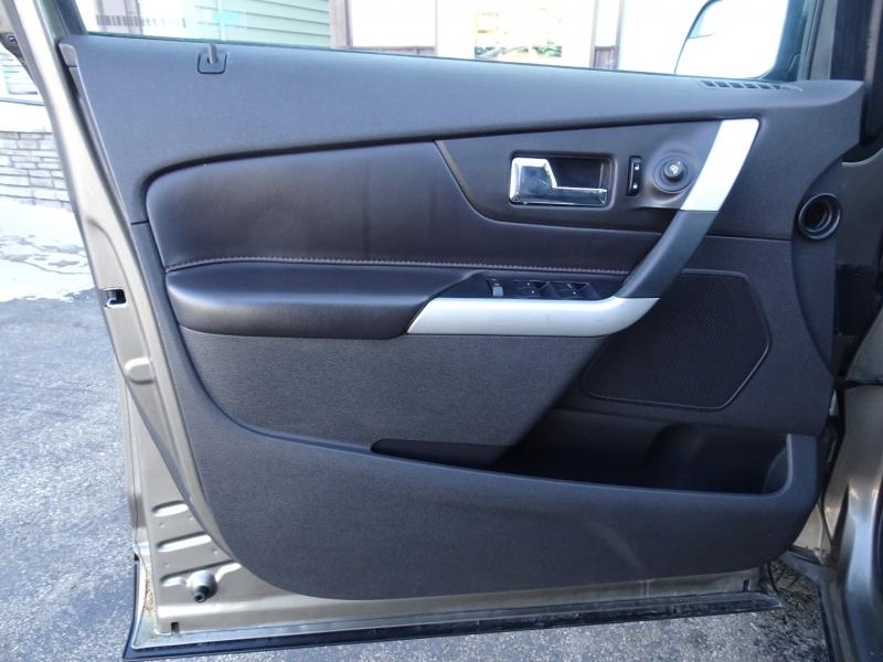 Ford Edge 2013 price $8,500