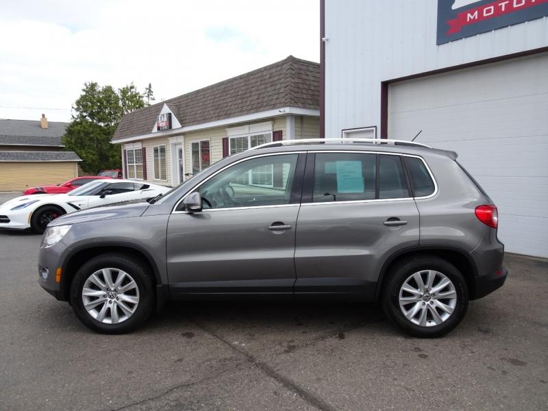 Volkswagen Tiguan 2009 price $7,995