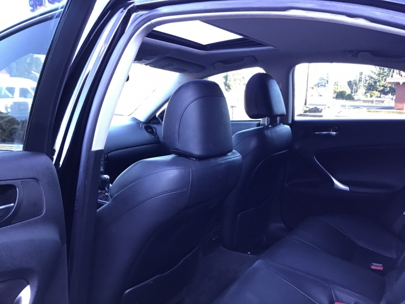 Lexus IS 250 2007 price $11,999