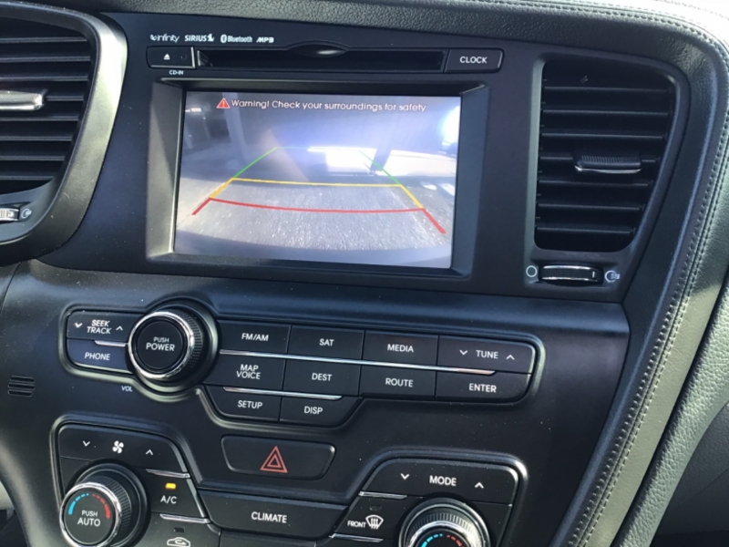 Kia Optima 2011 price $9,999