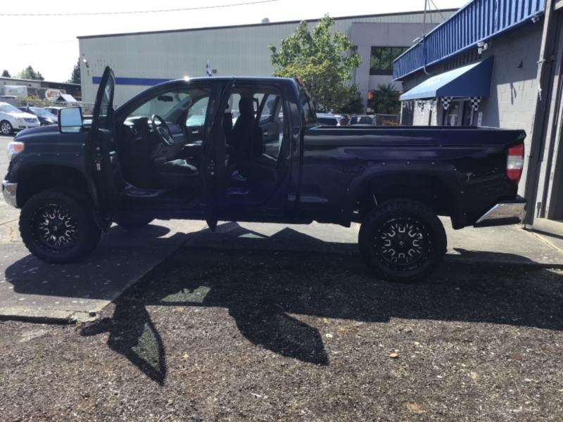 Toyota Tundra 4WD Truck 2015 price $38,999