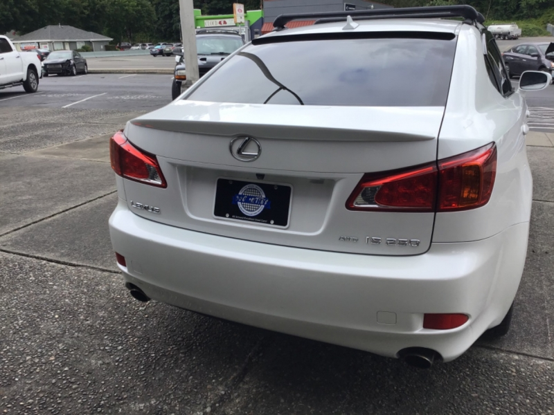 Lexus IS 250 2009 price $12,599