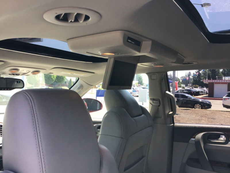 Buick Enclave 2008 price $10,999