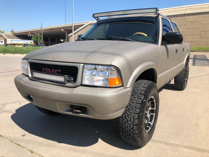 GMC Sonoma 2004 price $8,000