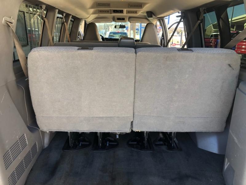 GMC Savana Passenger 2017 price $19,995