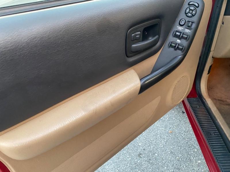 Jeep Cherokee 1999 price $9,950