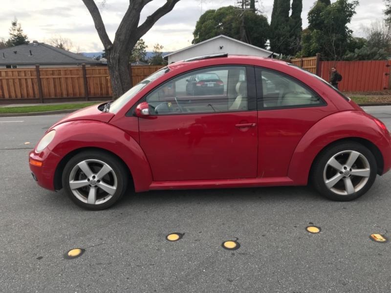 Volkswagen New Beetle Coupe 2007 price $4,450
