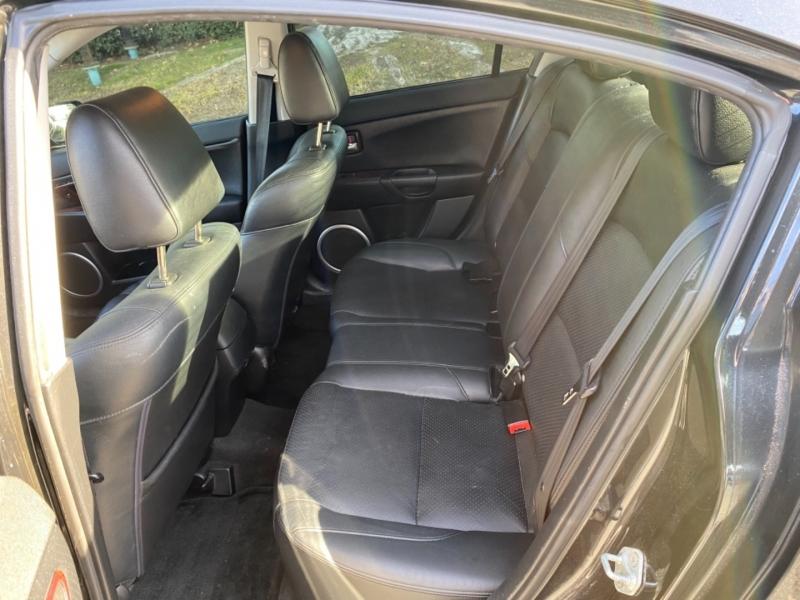Mazda Mazda3 2004 price $5,950