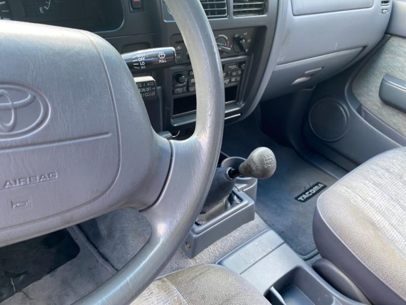 Toyota Tacoma 1998 price $5,950