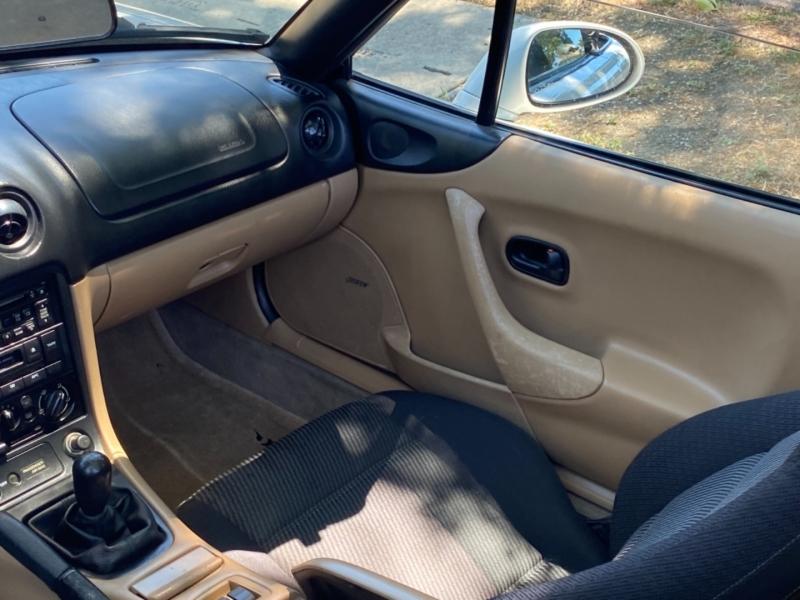 Mazda MX-5 Miata 1999 price $7,950