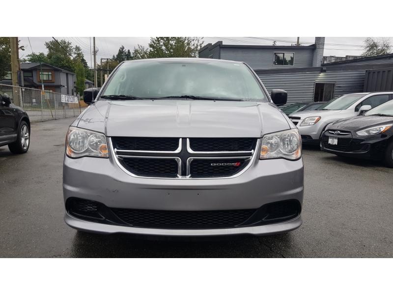 Dodge Grand Caravan 2014 price $10,800