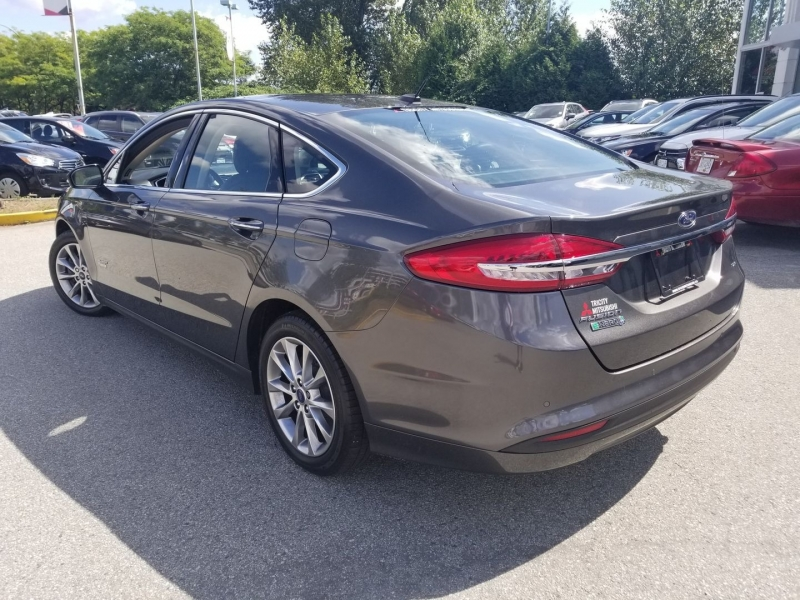 Ford Fusion 2017 price $22,888