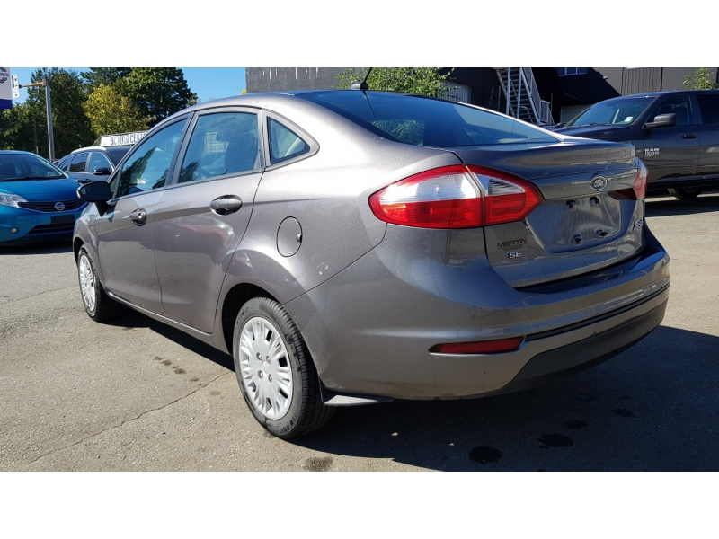 Ford Fiesta 2014 price $7,900