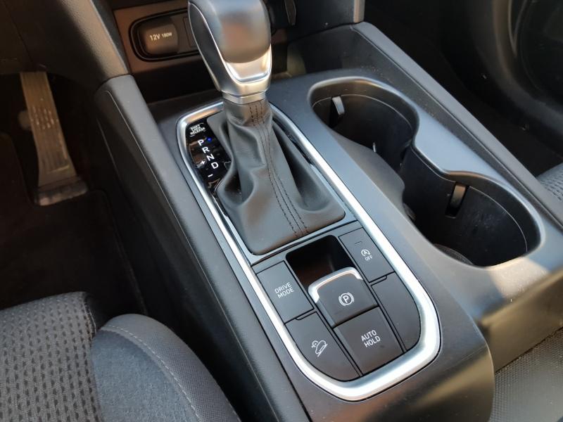 Hyundai Santa Fe 2019 price $26,900