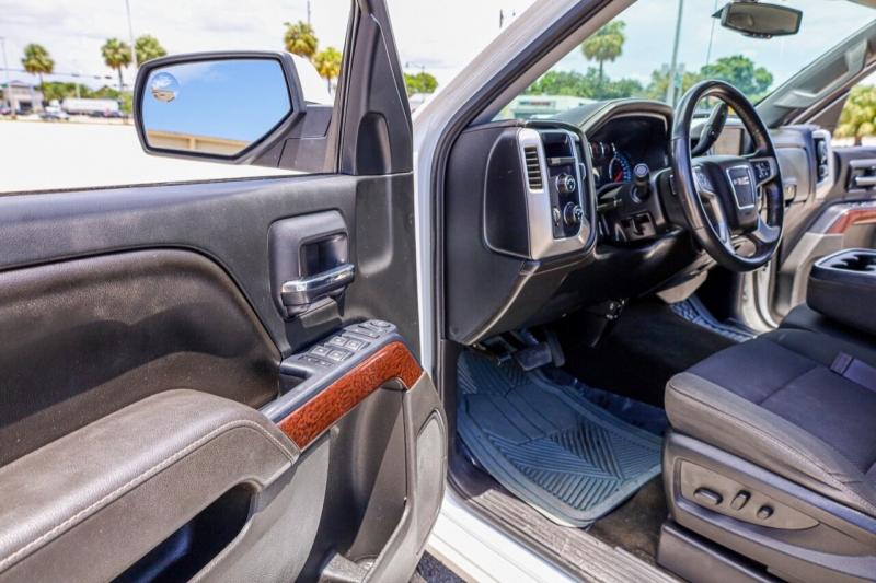 GMC Sierra 1500 2017 price $27,995