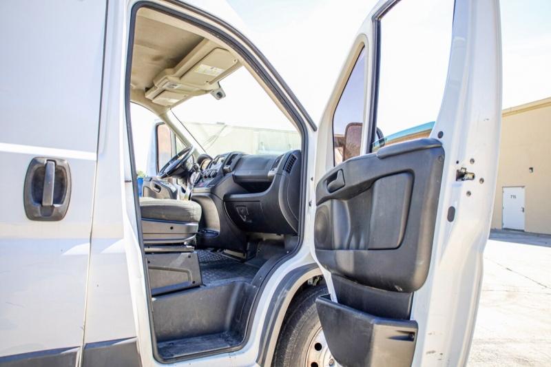 RAM ProMaster Cargo Van 2016 price $21,995