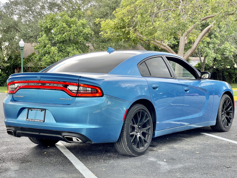 Dodge Charger 2016 price $21,995