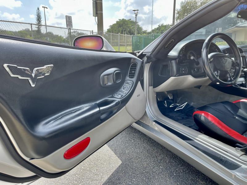Chevrolet Corvette 2004 price $17,995