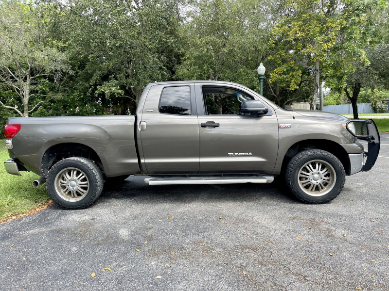 Toyota Tundra 2007 price $13,995