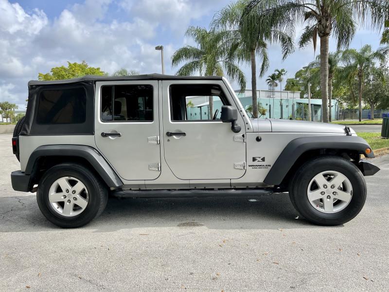 Jeep Wrangler Unlimited 2009 price $15,995