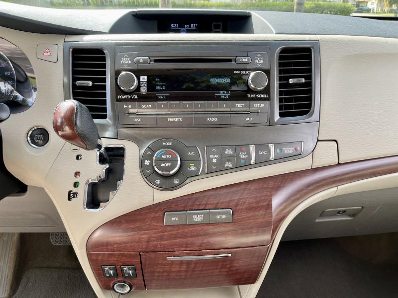 Toyota Sienna 2013 price $22,995