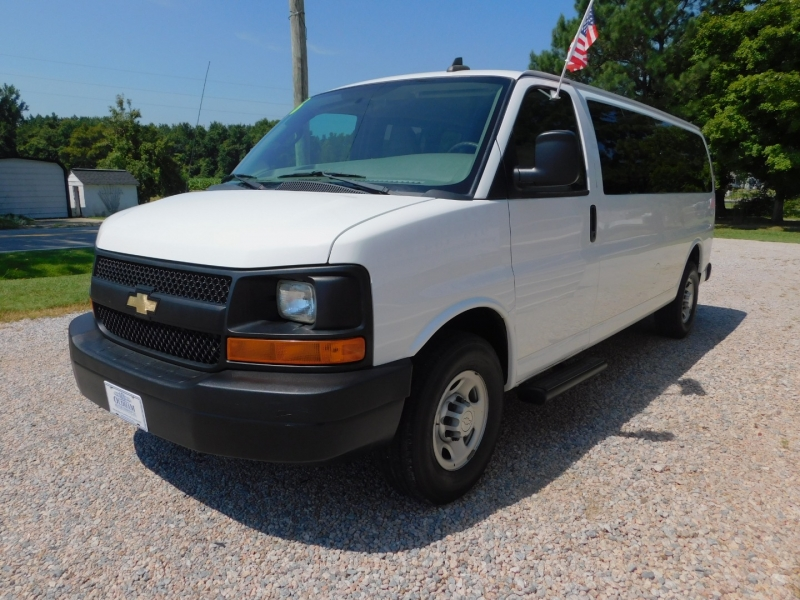 Chevrolet Express Passenger 2016 price $16,900
