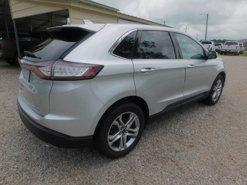 Ford Edge 2015 price $15,900