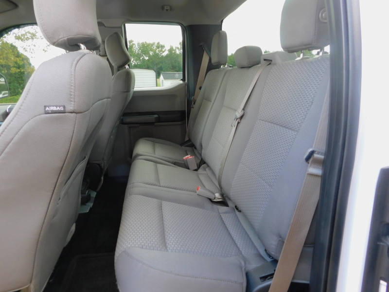 Ford F-150 2016 price $17,500