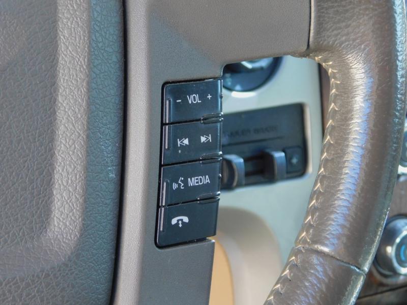 Ford F-150 SuperCrew 4X4 Lariat 2013 price $25,900