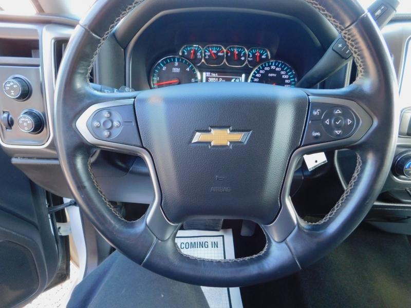 Chevrolet Silverado 1500 Crew Cab 4X4 LT 2016 price $27,900
