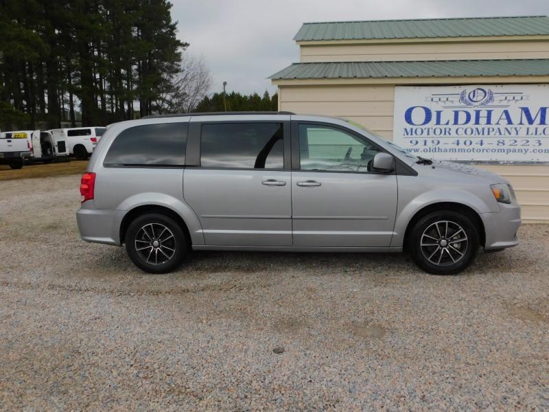 Dodge Grand Caravan 2017 price $11,500