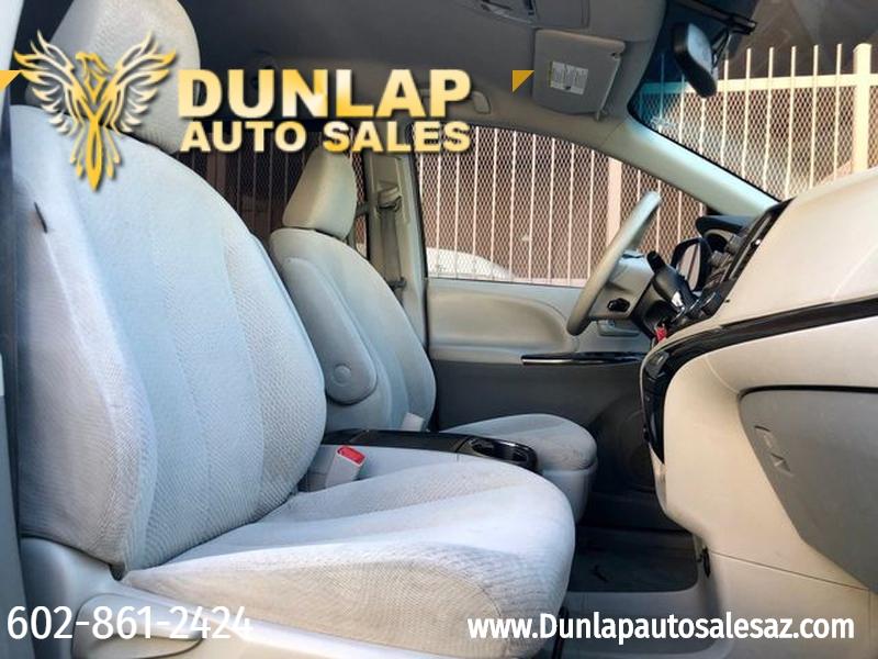 Toyota Sienna 2012 price $13,700
