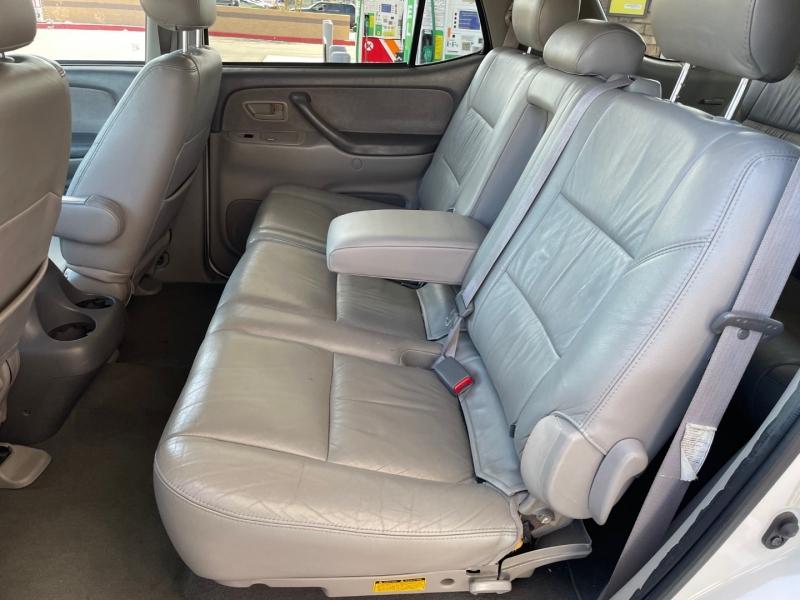 Toyota Sequoia 2001 price $8,700