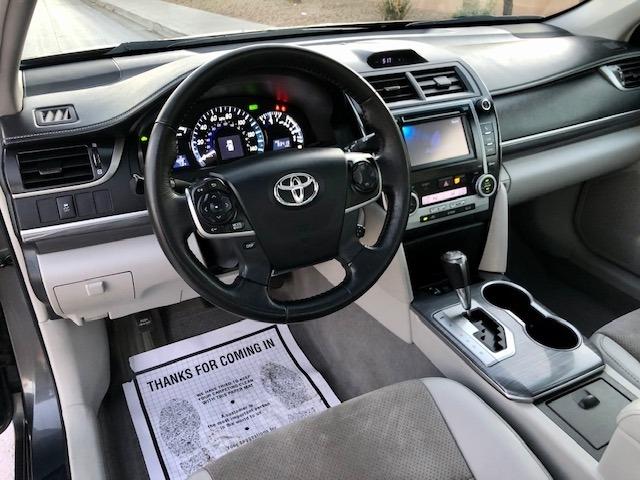 Toyota Camry Hybrid 2012 price $10,900