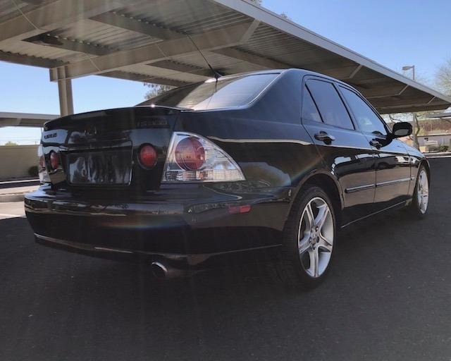 Lexus IS 300 2003 price $7,900