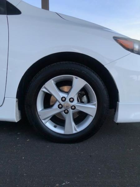 Toyota Corolla 2012 price $10,900