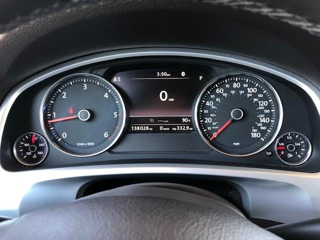 Volkswagen Touareg 2014 price $17,950