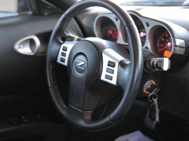 Nissan 350 Z 2006 price $13,500