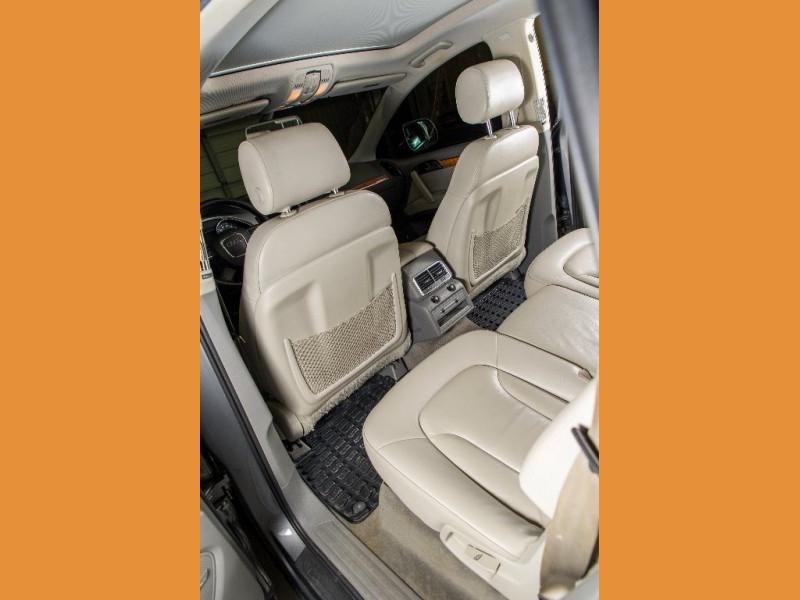Audi Q7 2010 price $9,950