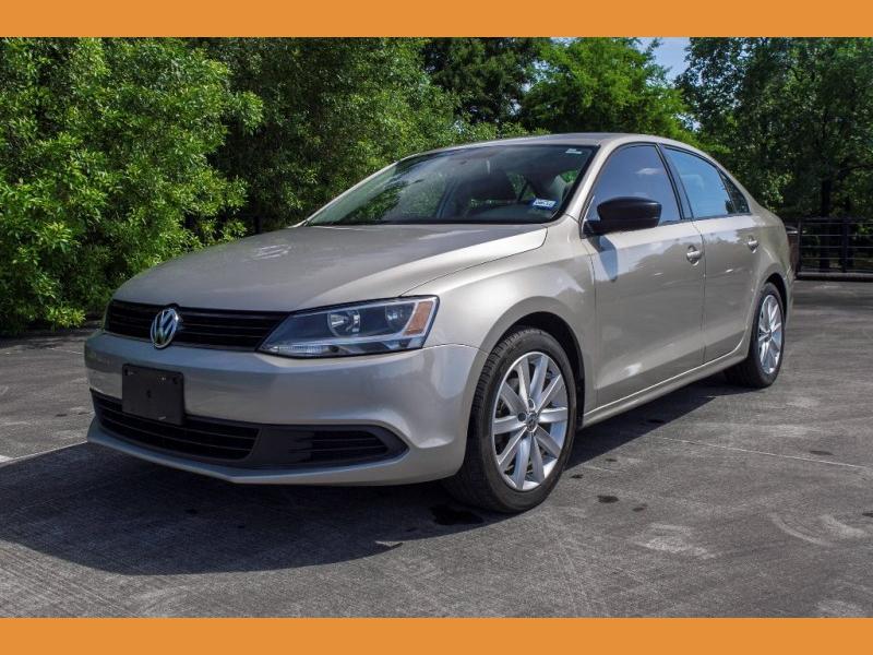 Volkswagen Jetta Sedan 2014 price