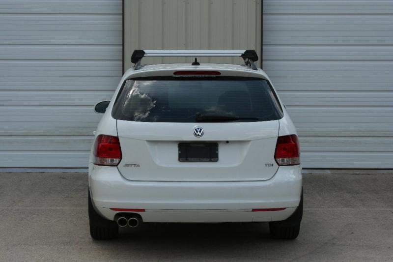 Volkswagen Jetta Wagon 2012 price $8,950