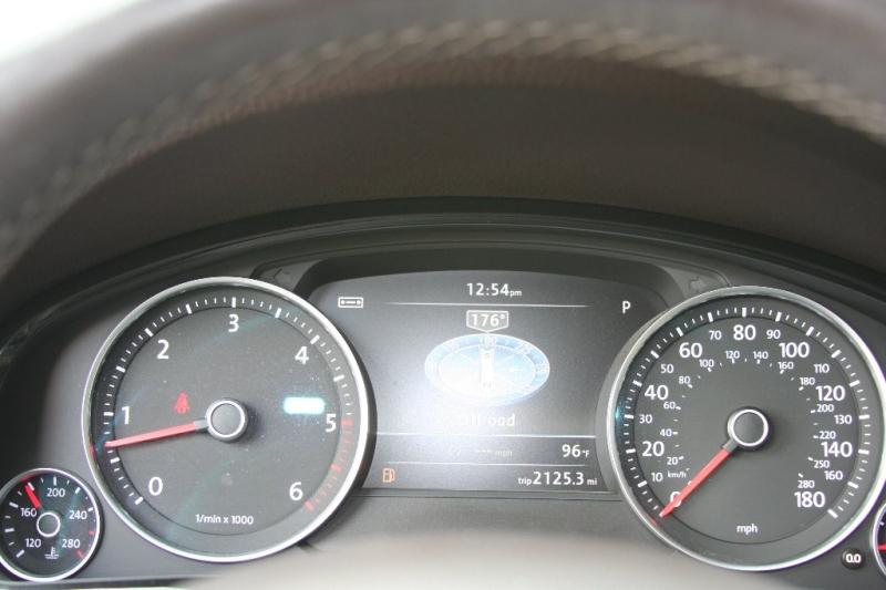 Volkswagen Touareg 2012 price $15,750