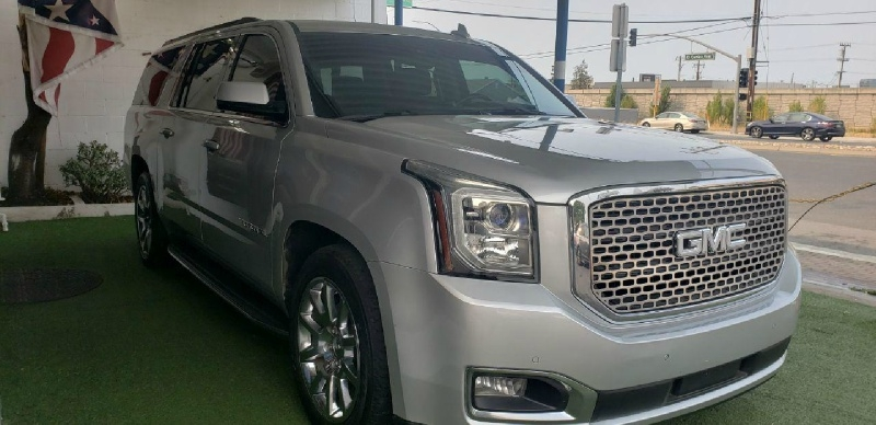 GMC Yukon XL 2015 price $29,499