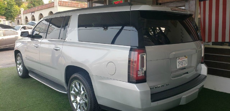 GMC Yukon XL 2015 price $31,999