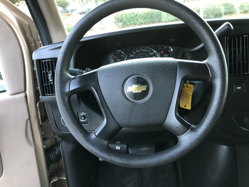 Chevrolet Express Passenger 2011 price $11,499