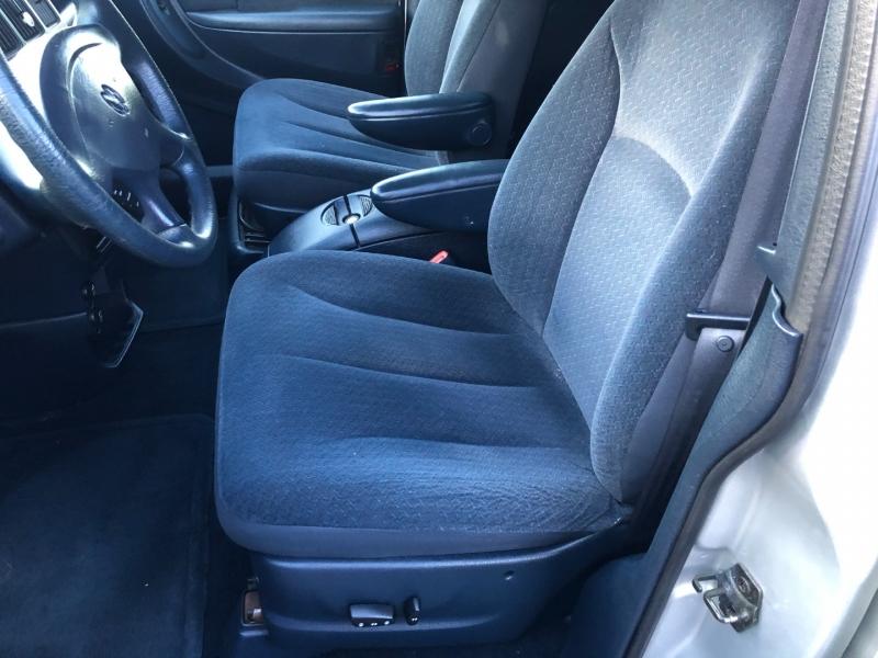 Dodge Grand Caravan 2001 price $4,999