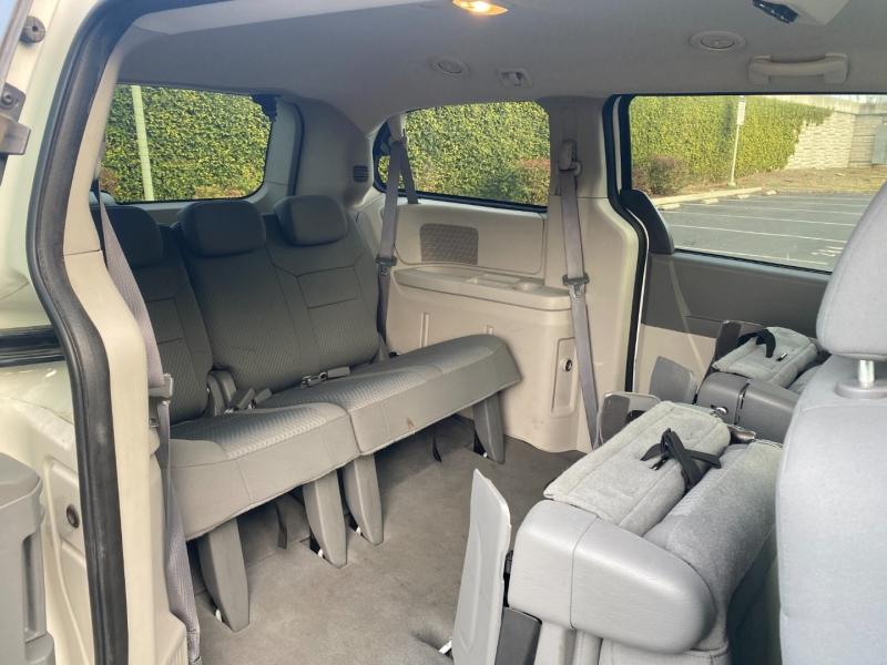 Dodge Grand Caravan 2010 price $5,666