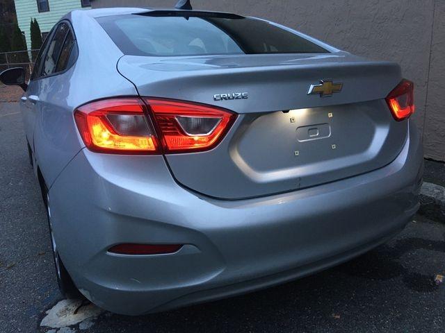 Chevrolet Cruze 2019 price $11,950